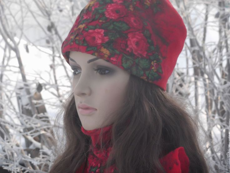 Шапка валяная  зимняя Красная зима