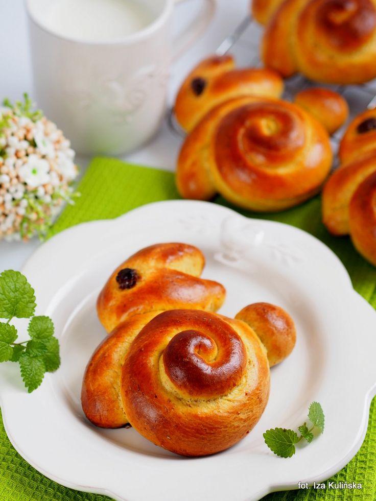 Smaczna Pyza: Zajączki szafranowe na wielkanocne śniadanie