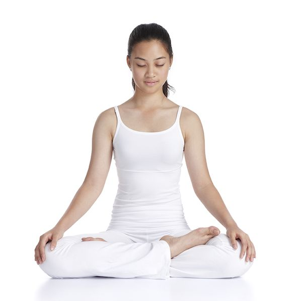 As evidence mounts about the benefits of meditating, more and more people want to know how to meditate. Specifically, what are some of the best meditation techniques for beginners, and how do you make it a habit? Even those who have meditated a few times can find it hard to regularly fit meditation into their schedule, or wonder whether they are getting it right or making progress. Read on to get started with meditation, plus learn how to take your practice to the next level.