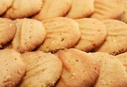 Recette Biscuits santé au beurre d'arachides - Coup de Pouce (50 biscuits et 84 cal. par biscuit)