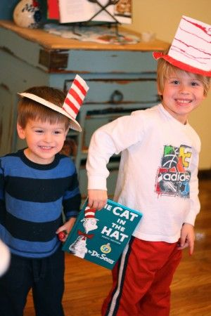 """Easy """"Cat in the Hat"""" Hat! - Re-pinned by @PediaStaff – Please Visit http://ht.ly/63sNt for all our pediatric therapy pins"""