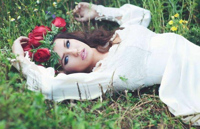 Rosie Mac doublure de Daenerys Targaryen  2Tout2Rien