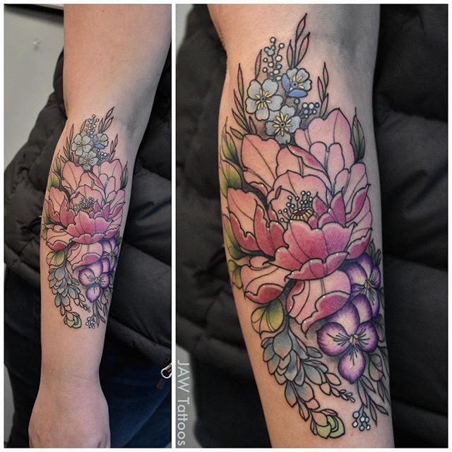 Fun flower bouquet for Jayme yesterday. Thanks for choosing me for your first tattoo and for sitting like a  Done at @rclmr_tattoo . . . #jawtattoos #jessicaannwhite #flowertattoo #floraltattoo #bouquettattoo #peony #succulents #forgetmenots #violets #colortattoo #eternalink #girlytattoo #femaletattooartist #sacramento #sacramentotattooartist #reclamare #rclmr #rclmrtattoo