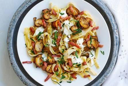 Tagliatelle met champignons en witlof Pasta met gebakken witlof: zo blijft het lekker knapperig.