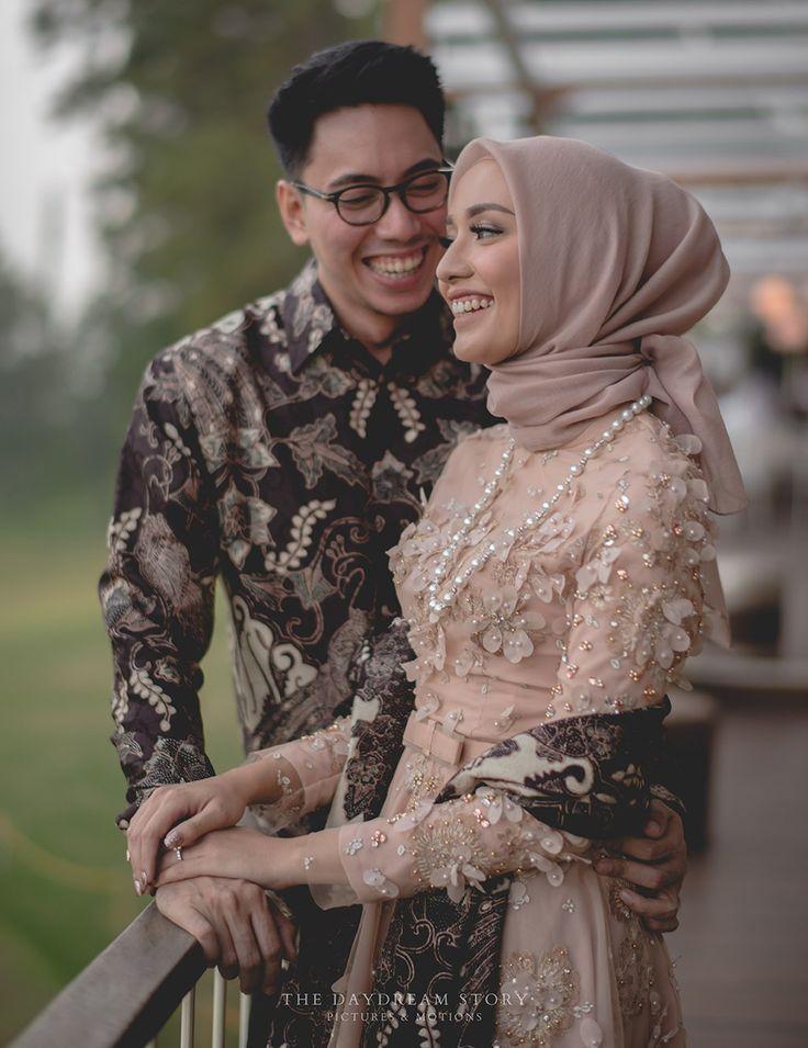 Lamaran Manis di Kota Bandung ala Mega dan Aul -