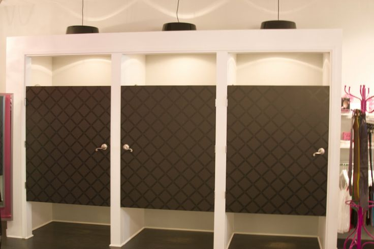 Retail fitting room doors custom changing rooms with for Dressing room lighting ideas