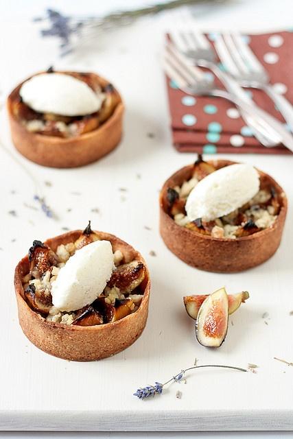 Ginger Fig Streusel Tarts With Honey Lavender Ice Cream. by tartelette ...