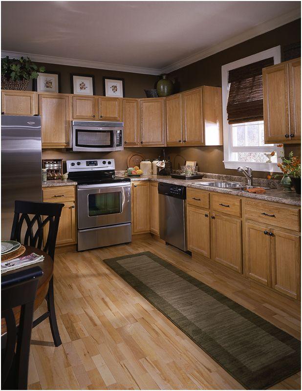 13 Practical Kitchen Color Schemes with Light Oak Cabinets ...
