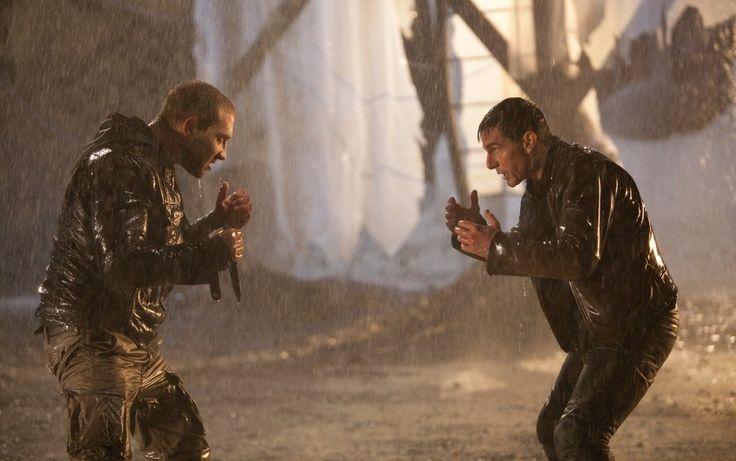 무엇이 (나에게) 옳은 지만 상관해야겠다.  사고치지 말고.....  #영화 #잭리처 (2012)