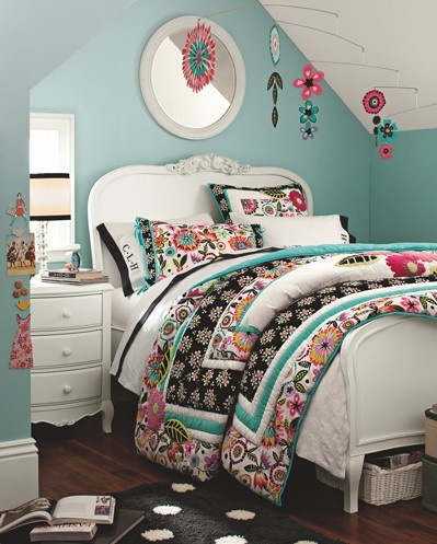 beautifully done, ideas for my daughters room.