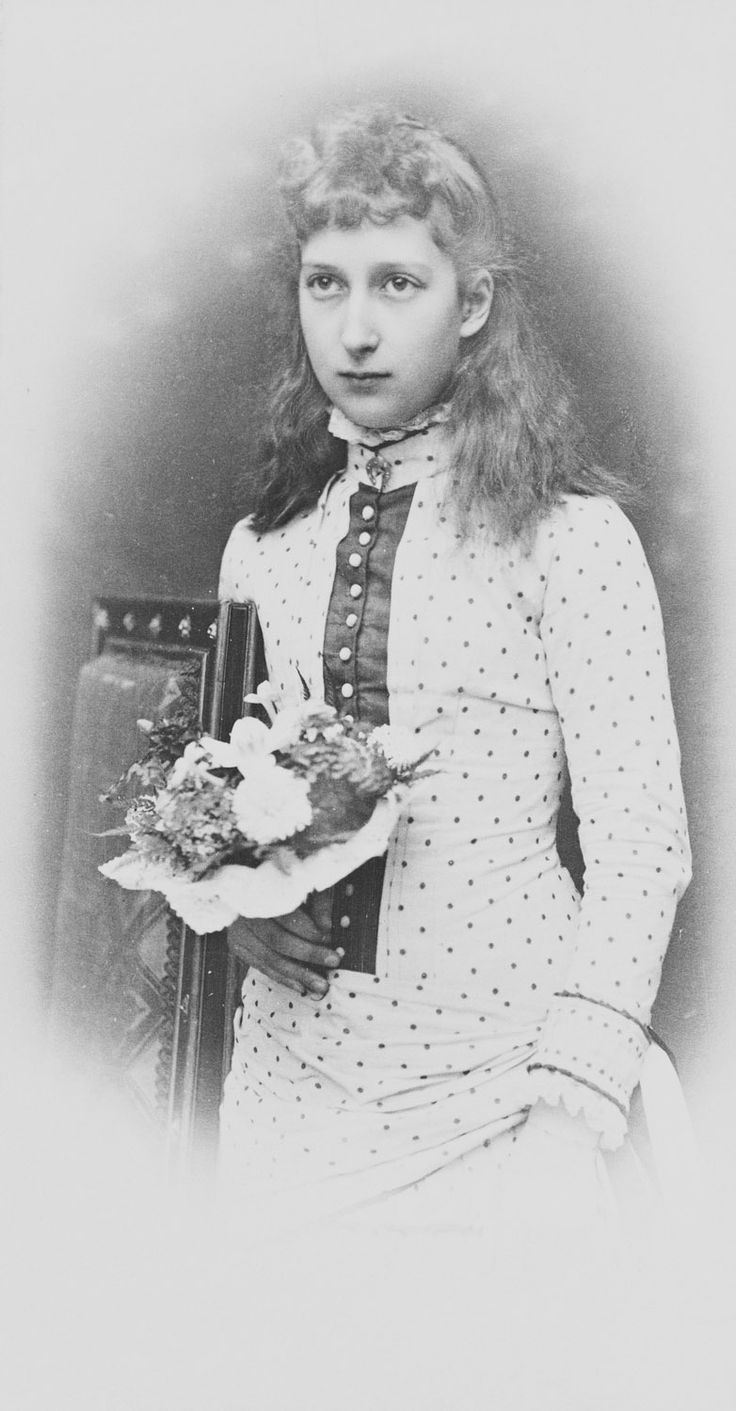 Barraud : 263, Oxford Street, London - Princess Maud of Wales (1869-1938), later Queen Maud of Norway