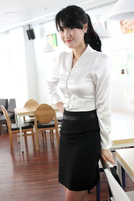 Black pencil skirt white blouse pictures