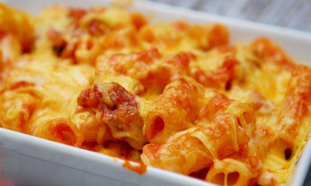 Gratin de pâtes à la sauce au chorizo WW, un bon gratin facile et simple de pâtes à la sauce béchamel au chorizo, parfait pour un repas de soir.