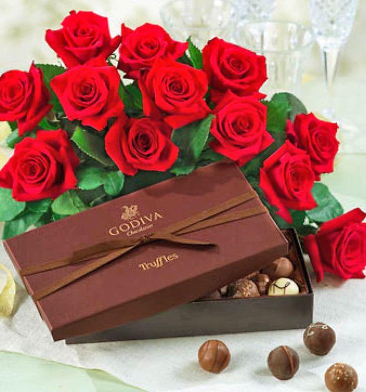 Открытки с коробкой конфет