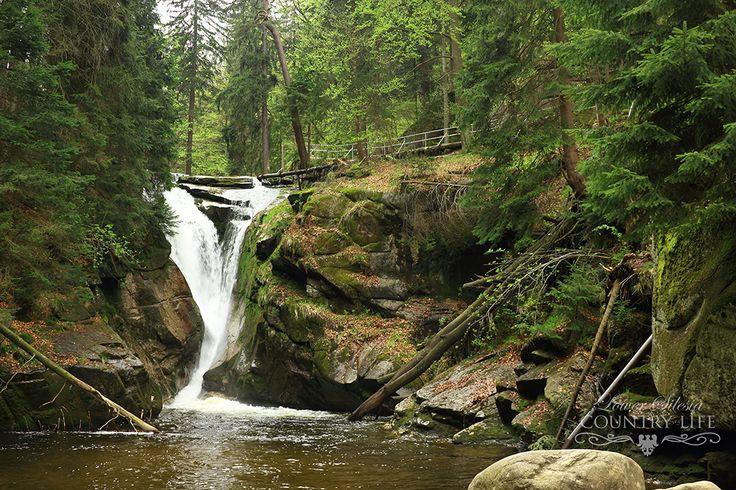 Kamienczyk and Szklarka Waterfall close to Szkalarska Poreba