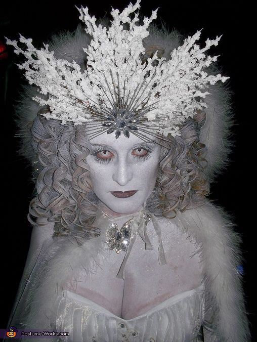 Ice Queen Costume - Halloween Costume Contest via @costumeworks