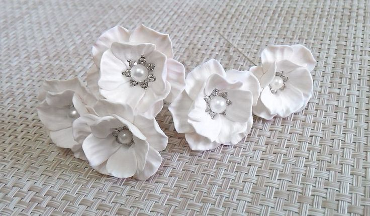White Flower - Wedding Hair Accessories, Bohemian Wedding Hairstyles Hair Flower - Set by NikushJewelryArt on Etsy https://www.etsy.com/dk-en/listing/220202420/white-flower-wedding-hair-accessories