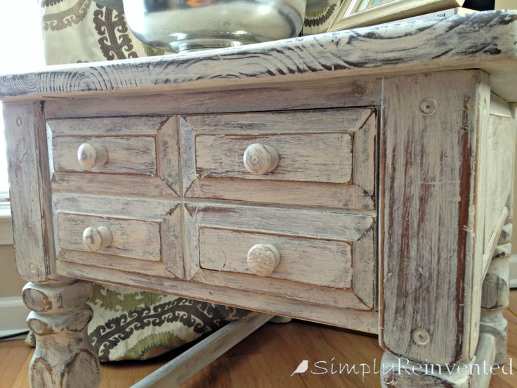 Simply Reinvented: Annie Sloan Chalk Paint Tutorial. To watch with waxing video