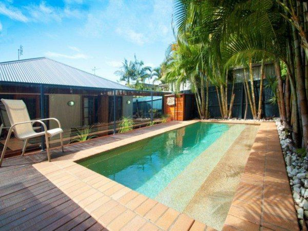 25  best ideas about piscine en bois rectangulaire on pinterest ...