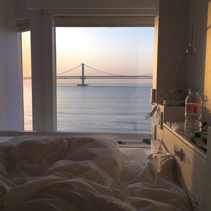 Best Imagem De Apartment View And Inspo Bedroom Views 400 x 300