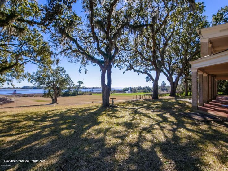 Live Oaks located in Wilmington, NC was designed by Henry Bacon, who also  designed
