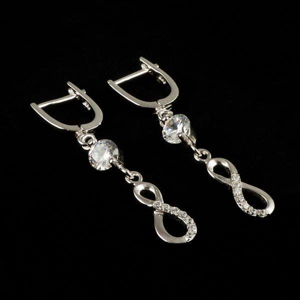 Infinity. #earrings #jewelry #cercei