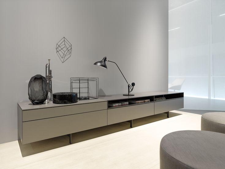 310 best images about eetkamers kasten salon tafels en. Black Bedroom Furniture Sets. Home Design Ideas