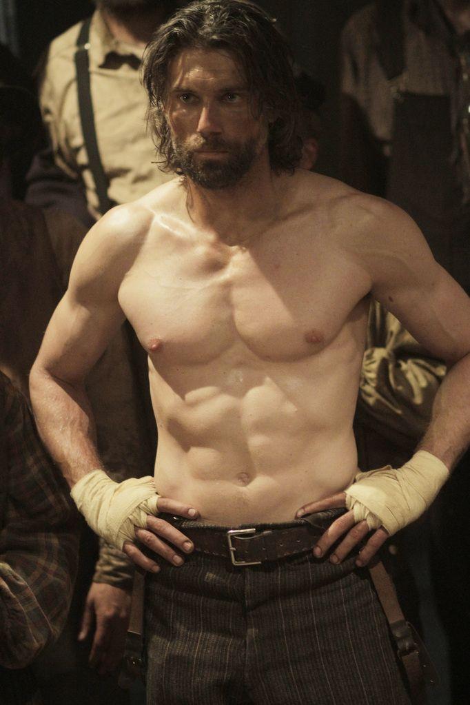 Cullen Bohannon (Anson Mount) <3 good lord...