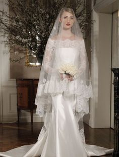 Love this dress & veil...just not over the face. Beautiful lace