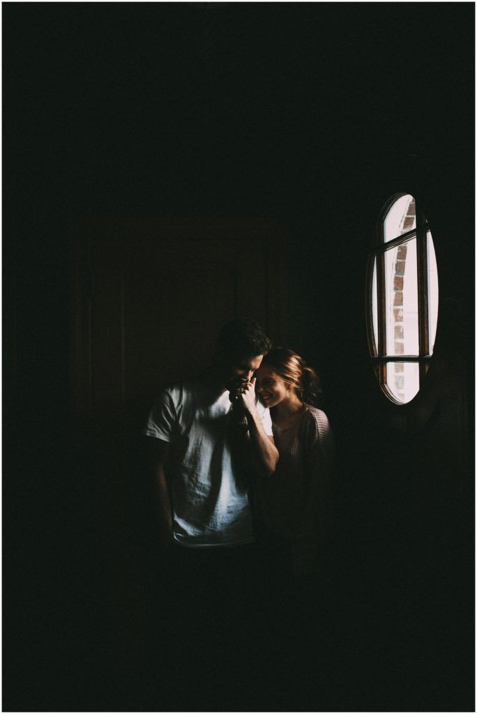 Jaci + Leif : intimate in home shoot – India Earl Photography