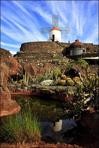 Jardin de Cactus, Lanzarote, Canary Islands, Spain.