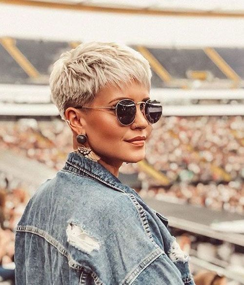 20 Ideal Pixie Cut Styles for Women