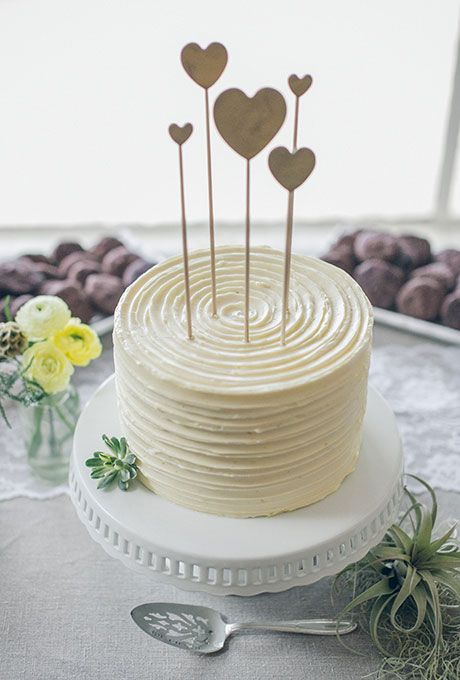All-White Wedding Cakes: One-Tier White Wedding Cake with Heart Toppers