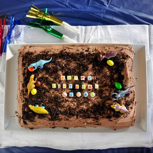Easy Kids Birthday Cake Chocolate Cake With Chocolate Buttercream Frosting
