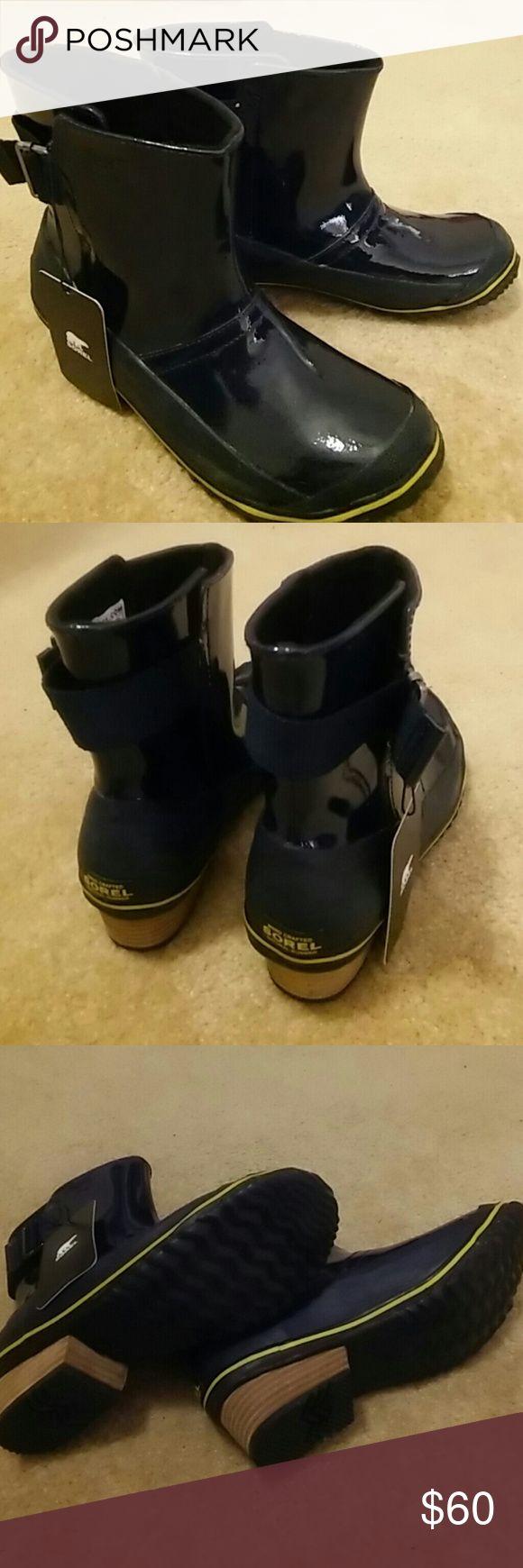 NWT Sorel Rain Boots Navy Navy Sorel rain boots. Brand new with tags. Size 7.5. Waterproof. Sorel Shoes Winter & Rain Boots