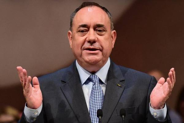 Scotland could abandon currency union with UK, says Alex Salmond:   Scottish Nationalists are prepared to change their blueprint for…