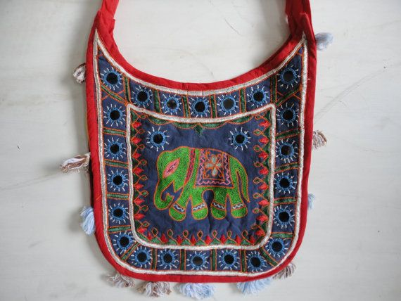 Hey, I found this really awesome Etsy listing at https://www.etsy.com/listing/182186590/badmeri-art-vintage-collection-handbag