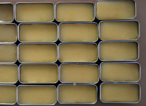 All Natural Lip Balm   This recipe is super simple. She also gives us a link so we can buy those cute tin containers to put it in. There's enough balm in this recipe to last all winter - as well as leftovers to give away as gifts.