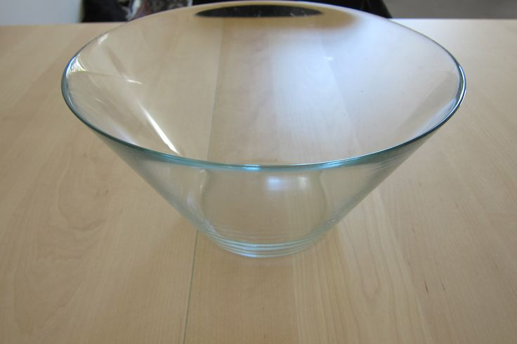 Ikea Clear Large size Salad/ Fruit Bowl. Great for Sangria at parties! Price 50 (fiddy) cents
