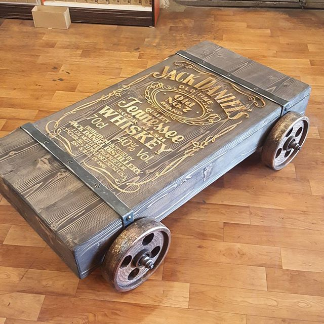 Jack sehpa... #jackdaniels #nofilter #coffetable #furniture #sehpa #tasarimmobilya #evdekorasyonu #dekorasyonfikirleri #dekorasyon