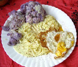 W Mojej Kuchni Lubię.. : makaron carbonara z jajkiem sadzonym i kalafiorem ...