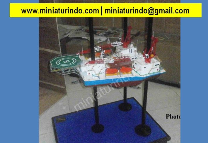 War Models, Model Military Ships, Scale Model, Model Tugs, Scale Model Kits For Sale, Model Boat Accessories, Scale Model Boat Kits, Ship Scale, Www Revell Com, Model Ship Kits