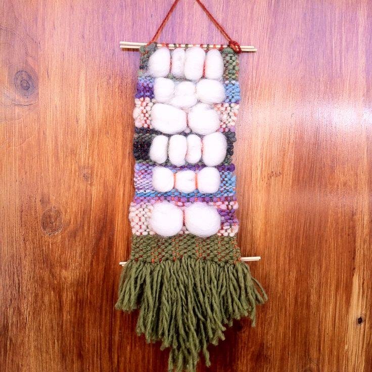 Telar decorativo - 100% lana de Chiloe y La Ligua, madera de Quilpue, con Bellon