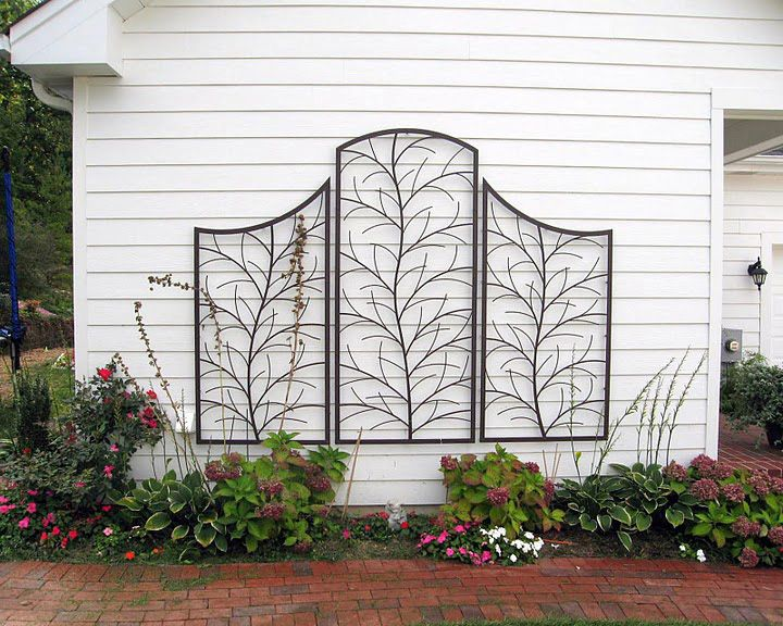This is certainly faster than training your own. Pleached trees, wall mount, from Trellis Art Designs. BEAUTIFUL: Trellis Art, Pleach Trees, Twig Trees, Art Designs, Gardens Art, House, Trees Trellis, Beautiful Trellises, Arbors Trellises