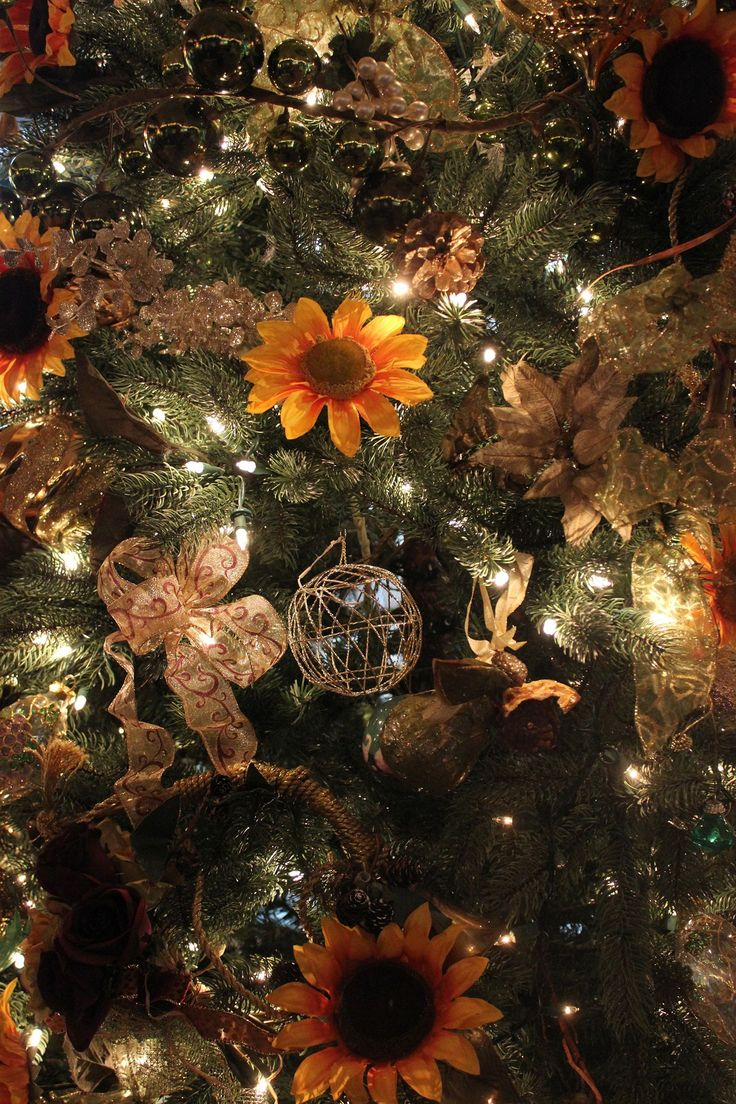 Our Sunflower Christmas Tree sunflowerchristmastree Our