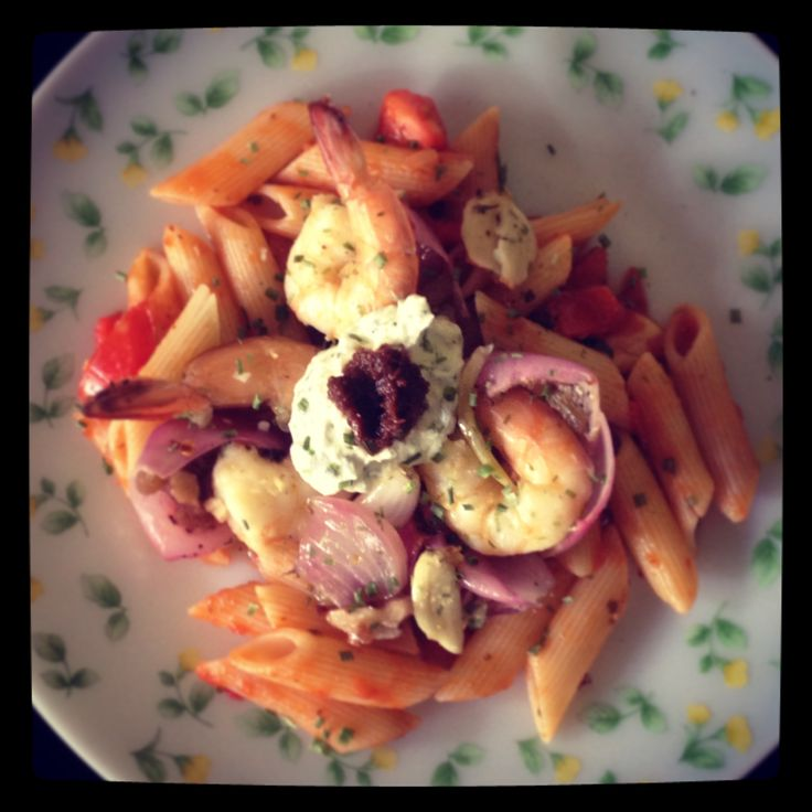 #Prawns #Pasta with #home made #chive #flavoured #cream #cheese topped with #walnuts and #raisins. #Voila… #Yummy #food #meal #thedeliciousfoodproject
