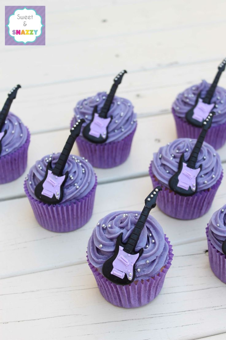 Guitar Cupcakes by Sweet & Snazzy https://www.facebook.com/sweetandsnazzy