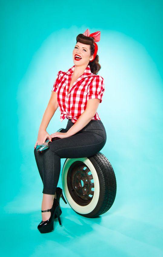 f05854c5d812f5 Grease Monkette Entrée Photo Shoot Tyre Shot   Grease Monkette ...