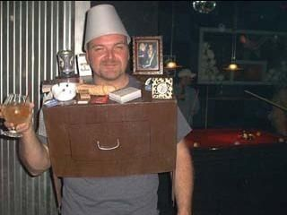 One Night Stand    21 best/worst pun costumes    http://www.buzzfeed.com/peggy/21-best-worst-halloween-pun-costumes