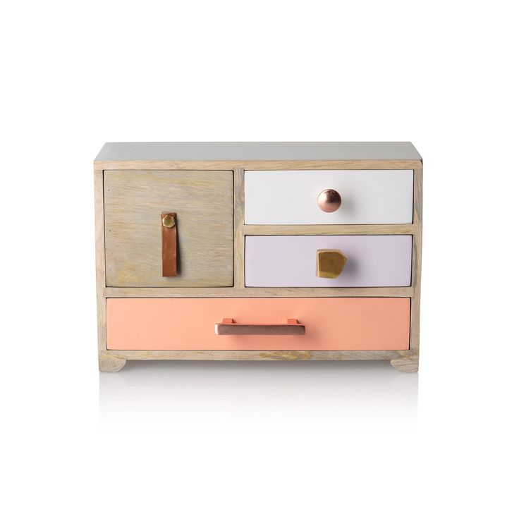 Buy the Cleo Four Drawer Jewellery Box at Oliver Bonas. Enjoy free UK standard delivery for orders over £50.